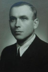 Otec Ferdinand Franc v roce 1946