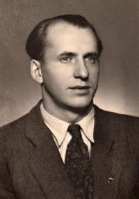 Portrét Arnošt Karas, rok 1949