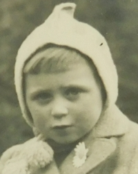 Ljuba in childhood