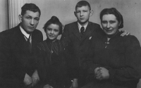 Zdenka Vévodová with her parents and brother (1944)