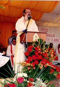 při kázání