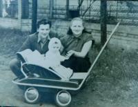 Sister of her husband Ilsa Chromá (Buxbaum) with her husband in Kyjov