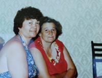 On the right, Věra Buxbaum
