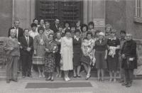 Třídní sraz ZŠ, rok 1977. Václav Andres je druhý zprava