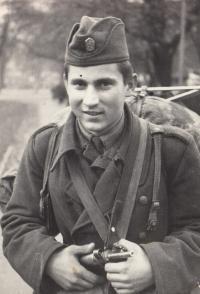 Václav Andres, asi rok 1963, vojna