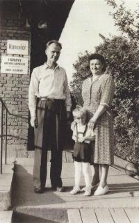 Zdenek and Marie Svoboda (parents Marty) with the youngest son
