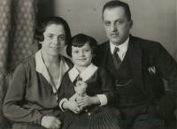 Anna Hyndráková s rodiči