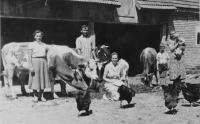 Rodina otce v obci Laktaši v tehdejší Jugoslávii