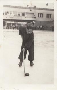 Na ledě Zbrojovky v Brně, začátek 50.let