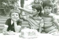 Narozeniny syna Vojty, foto, které poslala žena Milanu Beranovi do vězení
