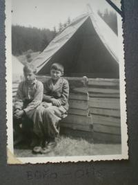 1939 - Otis and Buňa in the camp