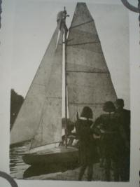 Sails on the boat 'Vorvaň' - 1943