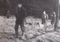 Janda na honu v Černošicích