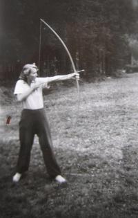 Eva Mádrová v roce 1951